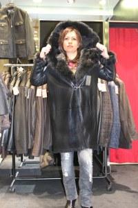 La veste 3/4 à capuche est le coup de coeur de Silvana