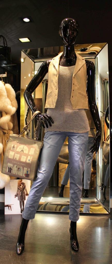 Ensemble gilet en cuir, débardeur B.YU, sac à main Barbara Rihl et pantalon ATPCO en vente à Toulouse