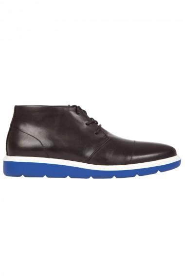 Chaussure homme noire semelle bleue United Nude  modèle Flex Desert