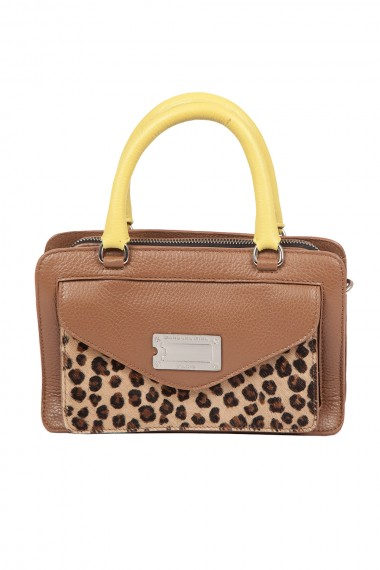 sac-a-main-accordeon-en-cuir-camelleopard-barbara-rihl-shannon-in-palerme-