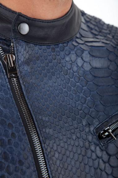 Détail du cuir véritable de python bleu avec empiècement cuir d'agneau